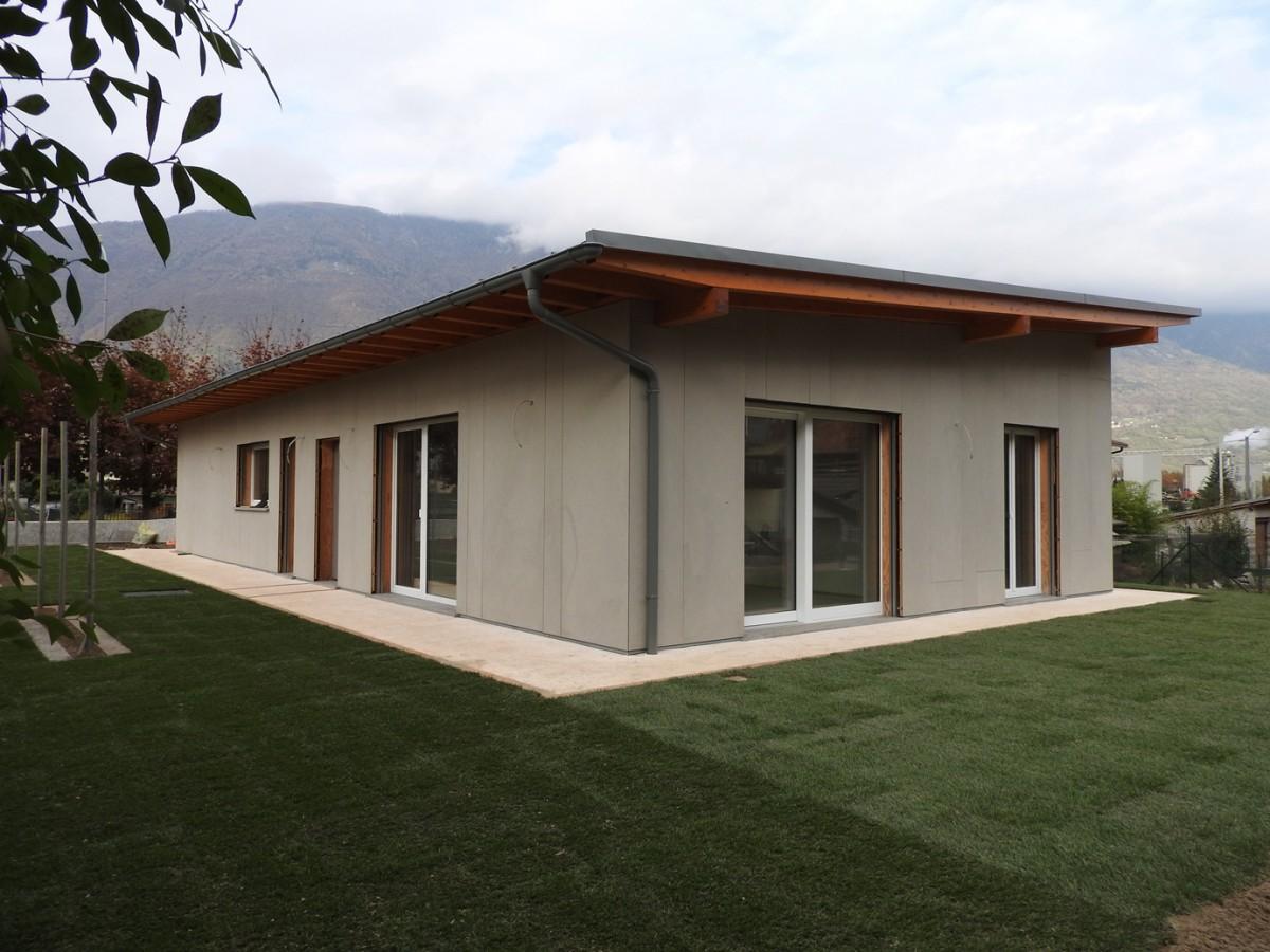Case in legno su un piano case in legno su un piano for Design frontale della casa a un piano