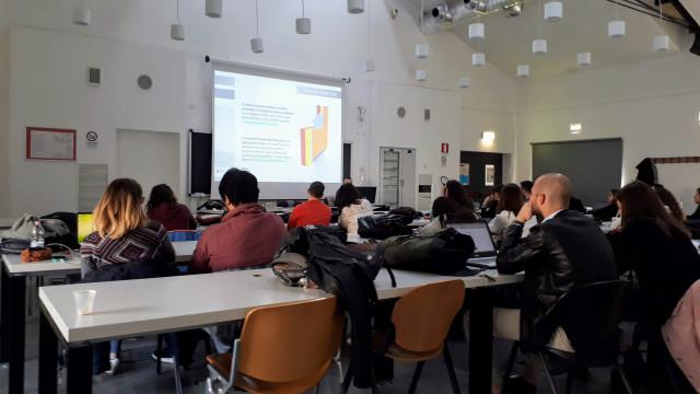 Lezione sulle facciate EQUITONE all'Università di Roma 3